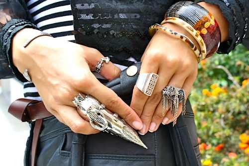 street-style-multiple-statement-rings6